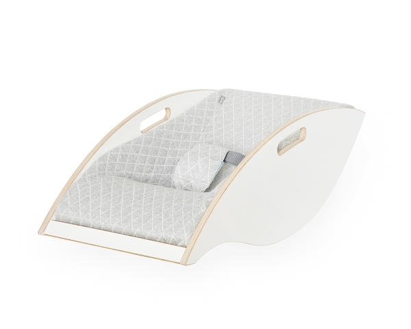 ergonomic wooden baby bouncer Babywelle white grey